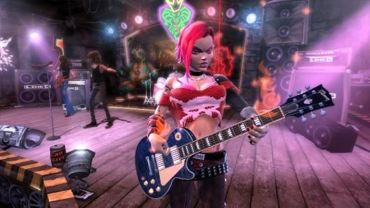 Platz 9: Guitar Hero 3<br><br>Mit EAs Rock Band scheint eine neue Zeitrechnung für Rhythmus-Spiele anzubrechen. Doch die Guitar Hero-Serie (mittlerweile bei den Skatern von Neversoft gelandet) braucht man deswegen noch lange nicht abschreiben. Vor allem der erweiterte Zwei-Spieler-Duell-Modus mit seinen abgefahrenen Power-Ups hat es uns angetan. Dazu noch Gitarrenhalbgott Slash als finaler Boss und Songschreiber - da kann nicht mehr viel schief gehen... 1713630