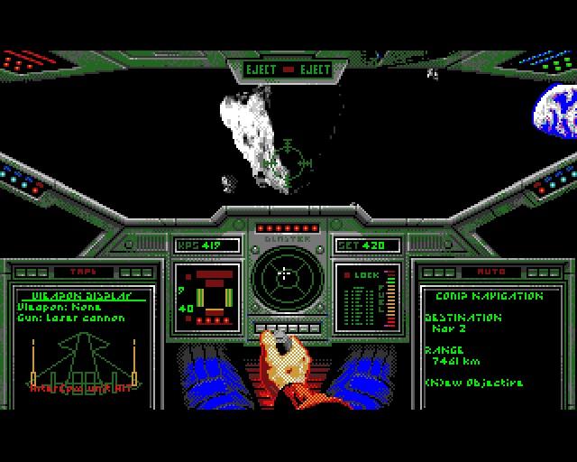 Fl�gelmann-Desaster <br><br>  Wie gro� der technische Unterschied zwischen PC und Amiga zwischenzeitlich geworden war, zeigt z.B. der Origin-Klassiker Wing Commander: Am PC erwarteten die Piloten mit einem potenten System (im Idealfall ein 386er) erstklassige Raumschlachten gegen die Kilrathi in einer bisher nie dagewesenen Qualit�t. Und am Amiga? Ohne Turbokarte glichen die Ausfl�ge in den Weltraum einer Diashow und der so herbei gesehnte Titel war auf Standard-Systemen trotz der geringeren Aufl�sung und weniger Farben praktisch unspielbar.   2133128