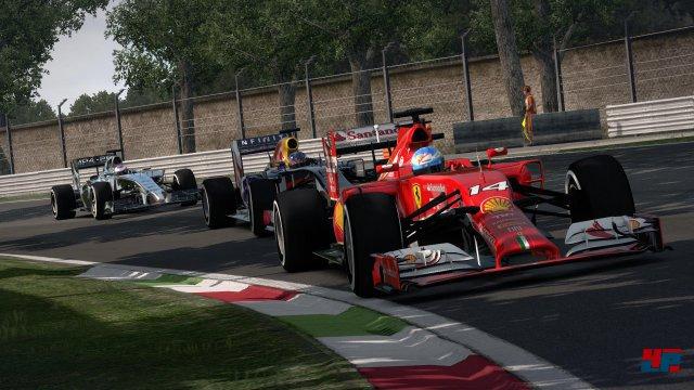Ein Ferrari in Führung? Dabei fährt die Scuderia momentan doch eigentlich eher hinterher...