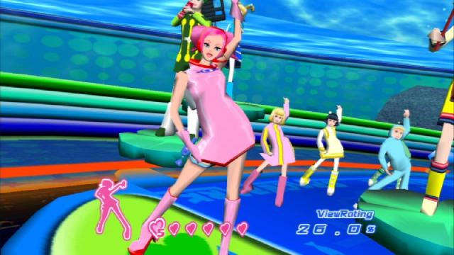 Space Channel 5<br><br>Wir bleiben beim Dreamcast, obwohl Rez und Space Channel 5 zumindest mit Verspätung ja auch auf PS2 erschienen: Um die Jahrtausendwende entließ Sega zwei hübsche Journalistenbeine namens Ulala auf die Tanzfläche, wo dass diese mit einem gut getimten Hüftschwung fiese Aliens bekämpfen musste. »Left, right, left, right, shoot, shoot, shoot« lautete ihr Kommando und wer die Tasten im richtigen Rhythmus erwischte, kam weiter. Das war erfrischend anders, lebendig und sorgte für unheimlich gute Laune. Zu hören gab es allerdings Töne aus der Vorhölle jedes Jugendlichen, weil von Schlager bis Revue alles dabei war. Da sieht man mal, was ein schwingender Hintern alles kaschieren kann! Teil zwei erscheint demnächst übrigens mit HD-Politur auf Xbox 360 und PS3. 2198169