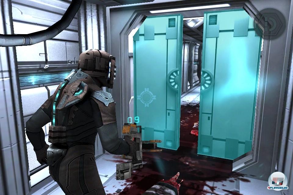 Das Spielerlebnis der gro�en Fassungen wurde ohne gr��ere Abstriche auf die iPlattformen-�bertragen - hier verlangsamt gerade eine Stase-Ladung das schnelle Zuschnappen der T�ren.
