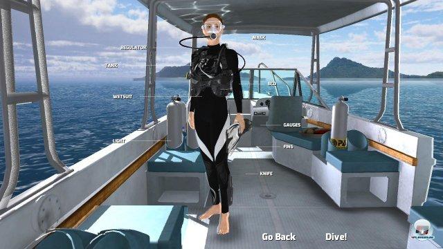 Die hübsche Lady wäre dann soweit: Let's go Diving