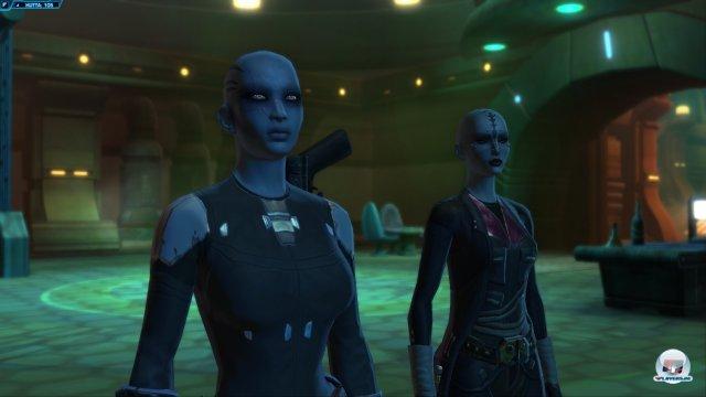 """""""Dank"""" horrender Wartezeiten in der Anfangsphase konnte ich auf freien Servern die anderen Imperiums-Klassen wie den Agenten ausprobieren."""