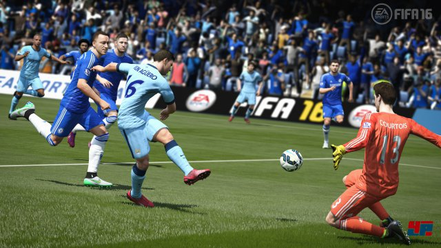 FIFA 16 soll etwas weniger Tempo, dafür mehr Möglichkeiten am Ball bieten.