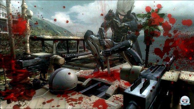 Die Macht der Klinge: Raiden schneidet Gegner und Gegenstände wie Papierfiguren entzwei.