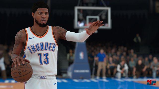 Visuell kann man NBA 2K abseits von etwas zugenommenen Clipping-Problemen nicht viel vorwerfen: Die Präsentation ist nach wie vor auf hohem Niveau.