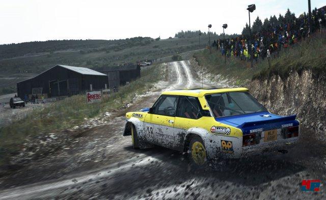 Tolles Rallye-Flair, hoher Anspruch und ein starkes Fahrgef�hl zeichnen DiRT Rally aus.