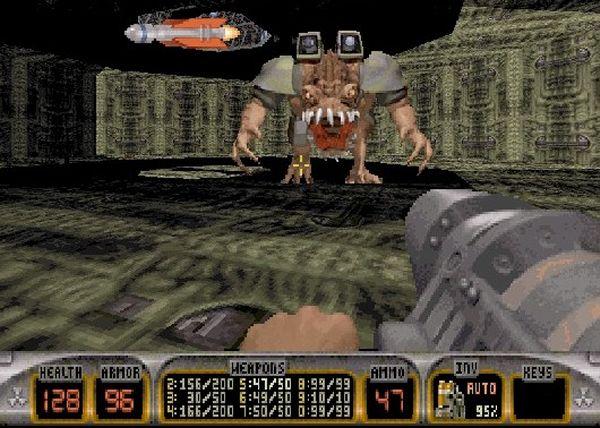Duke Nukem 3D<br><br>Hail to the King, Baby! Warum? Schrumpfkanone! Saharatrockene Einzeiler! Dreckiger, dreckiger Humor! Halbnackte, zu rettende Models! Endgegner, deren Kopf mal eben weggekickt wird! Acht-Spieler-Multiplayermodus! Massig Film- und Game-Anspielungen! Und nicht zu vergessen die für damalige Zeiten sehr realistisch aufgebauten Levels (Schräge Ebenen: Revolution!) mit geradezu unverschämt vielen interaktiven Spielereien, die man auch noch selbst basteln durfte, schließlich lag ein entsprechender Editor gleich bei. Bei diesem Spiel hat 3DRealms all das richtig gemacht, was beim gerüchteweise in Entwicklung befindlichen Nachfolger bislang falsch gemacht wurde. Und obwohl die Community um den Duke nicht so ausufernd groß ist wie die um Doom und Quake, hat der blonde Ballermann seinen Kultstatus völlig zu Recht. 1718117