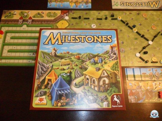 Milestones ist für zwei bis vier Spieler geeignet. Es ist im Juli 2012 bei Pegasus Spiele erschienen und kostet knapp 30 Euro.