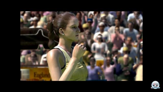 Leider gleicht das Vita-Tennis aber auch spielerisch dem schwachen Vorbild wie Filzball dem anderen.