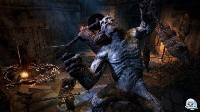 <b>Dragon's Dogma: Dark Arisen (26.4.2013)</b> <br><br>  Trotz einiger Ecken und Kanten hat uns die Reise durch Capcoms Drachenlande gut unterhalten. In Dragon's Dogma gab es viele interessante Situationen, packende Kämpfe und motivierende Ziele. Die Erweiterung für PS3 und Xbox 360 knüpft daran an: Besitzer des Hauptspiels können Charakter und Speicherdaten importieren, um ihre Reise über die verfluchte Insel Bitterblack als Erweckter fortzusetzen. 92459011