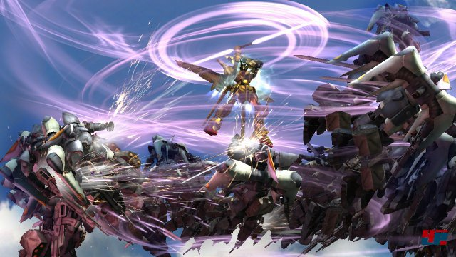 Technisch reißt Dynasty Warriors: Gundam Reborn keine Bäume aus - aufwändige Effekte hinterlassen aber einen schicken Eindruck.